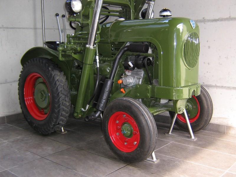 Gagliardo trattori vendita trattori usati restauro for Cianografie d epoca in vendita